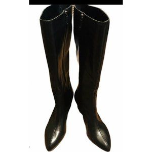 Rockport womens lilah zip boot smooth calf. Size 8